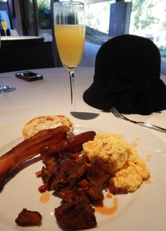 Napa Valley Balloons, Inc. : Delightful & Delectable Domaine Chandon Dining