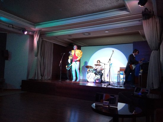 Gran Tacande Wellness & Relax Costa Adeje: Entertainment lol