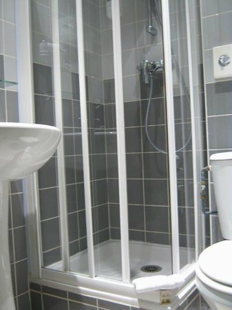 Hotel De Champagne : Bathroom