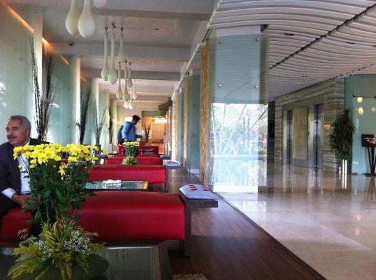 Mirage Hotel: Reception Area