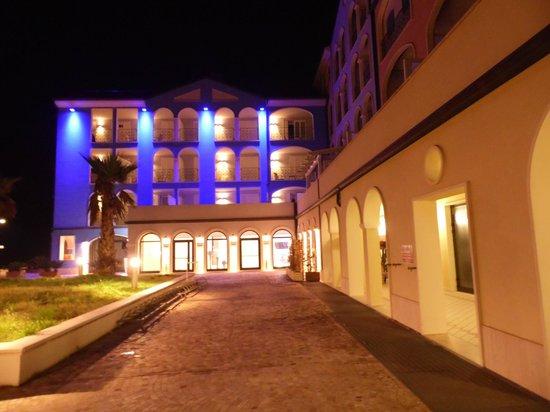 Life Hotel: ingresso