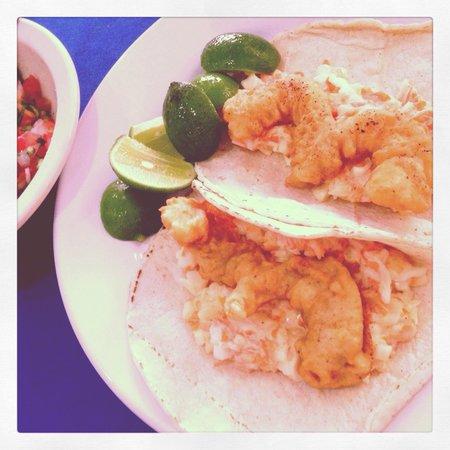 Rio Grande : Shrimp Tacos 😋 Tacos de Camarón 😋