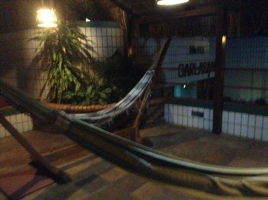 Hotel Garlaban: area da piscina