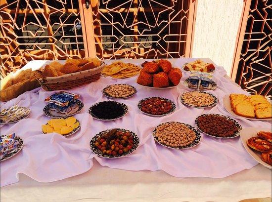 Domaine Rosaroum: buffet