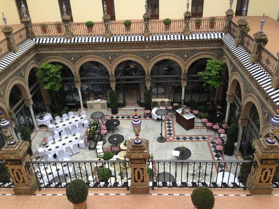 Hotel Alfonso XIII, A Luxury Collection Hotel, Seville: Cortile Interno