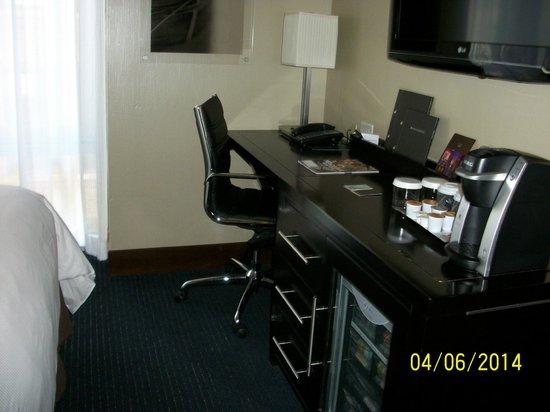 Hilton New York Fashion District: Desk