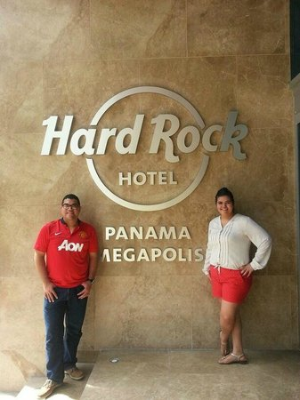 Hard Rock Hotel Panama Megapolis: Hotel entrance