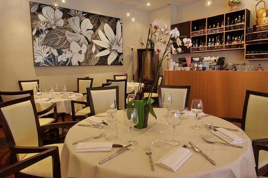 Zen Garden Restaurant : La salle du rez-de-chaussée