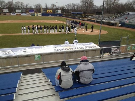 Beloit Snappers: Sparse crowd on a cold day