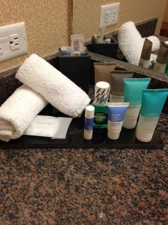 Hyatt Regency Calgary: Complimentary toilitries