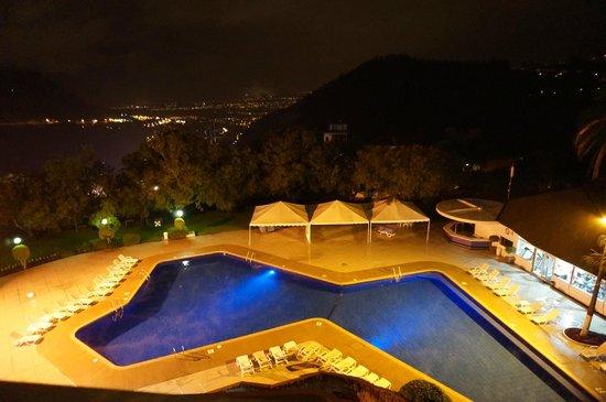Hotel Quito: Vista desde habitacion 3er piso