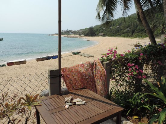 Haven Vietnam: View out onto the beach
