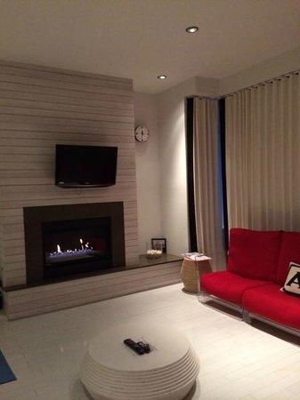 Bungalow Hotel : Suite 201 Bungalow Sitting Area