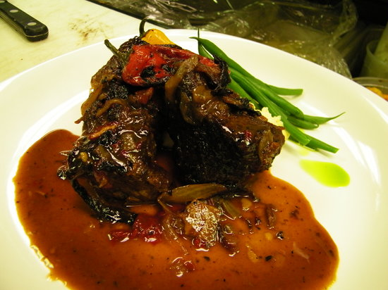 Chez Dupont and The Stone Soup Cafe: Short Ribs & Polenta