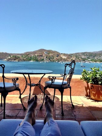 La Casa Que Canta : View from our terrace