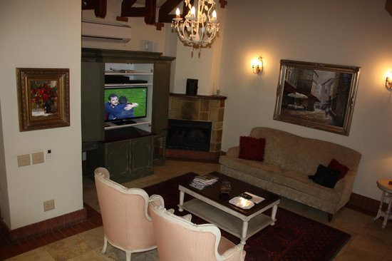 Franschhoek Country House & Villas: Lounge area