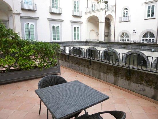 Palazzo Caracciolo Napoli MGallery by Sofitel: Terrasse