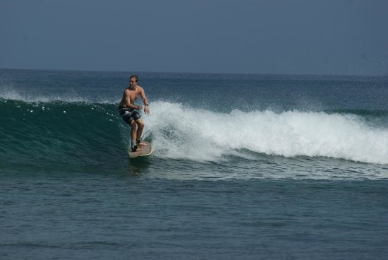Guava Road Apartments: Surfing