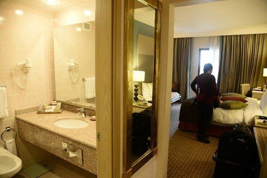 Movenpick Resort Petra : Our room