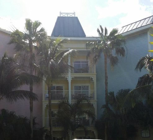Atlantis - Harborside Resort: Harborside Building