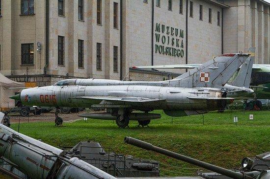 Polish Army Museum (Muzeum Wojska Polskiego): МиГ-21