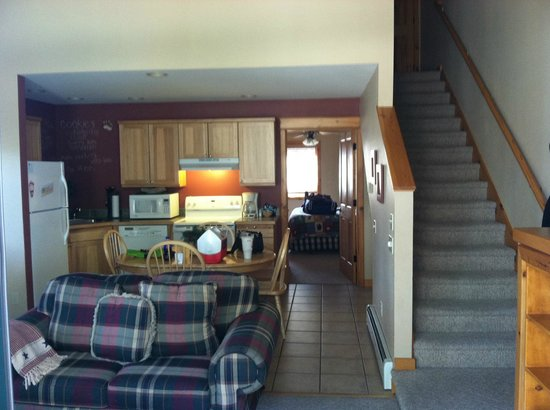 River Stone Resort and Bear Paw Suites: Main Level