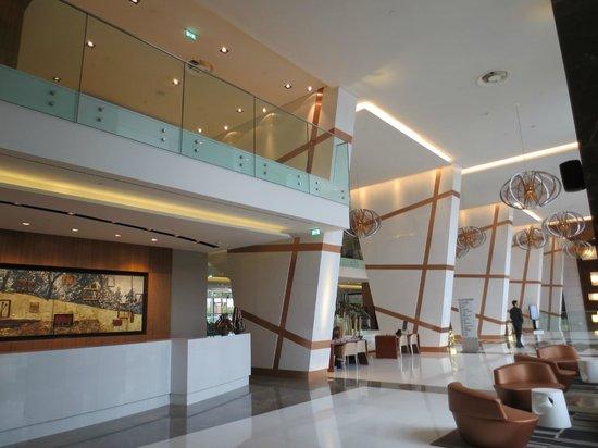 EPIC SANA Lisboa Hotel: Reception area