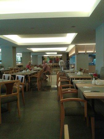 Barut Hemera : Dining room