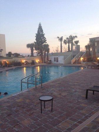 Hyatt Place Daytona Beach - Oceanfront : Pool
