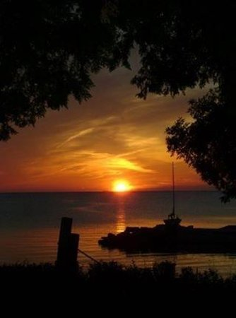 Bayview Resort & Harbor, Inc: bayview sunset