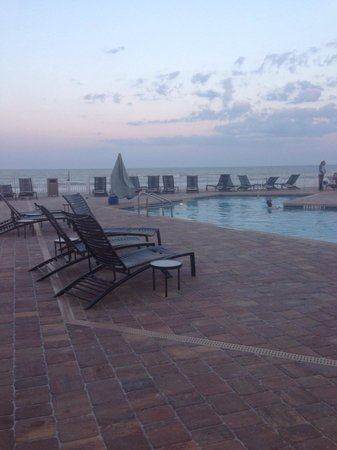 Hyatt Place Daytona Beach - Oceanfront : Pool