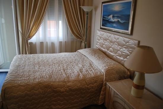 Villa Triana : our room