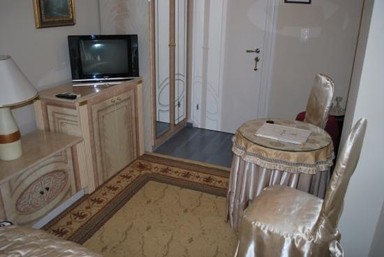 Villa Triana : our room 2