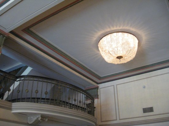 Francis Marion Hotel : Ceiling fixtures