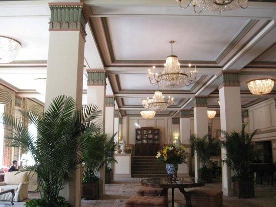 Francis Marion Hotel : Beautiful lobby