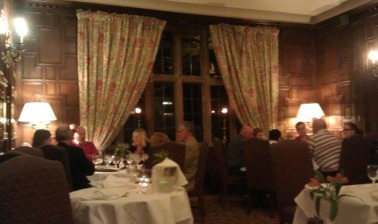Billesley Manor Hotel: Late dinner
