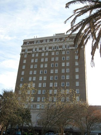 Francis Marion Hotel: Hotel from park across street