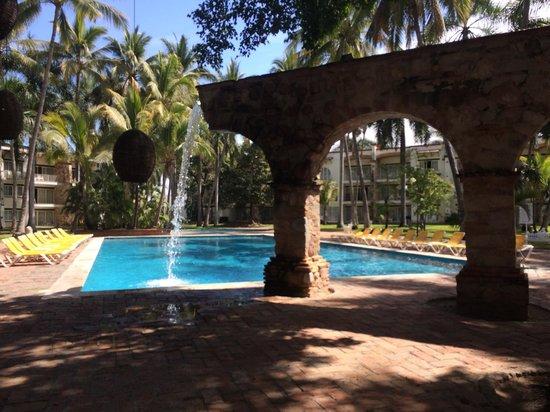 Krystal Puerto Vallarta: Great pool to swim