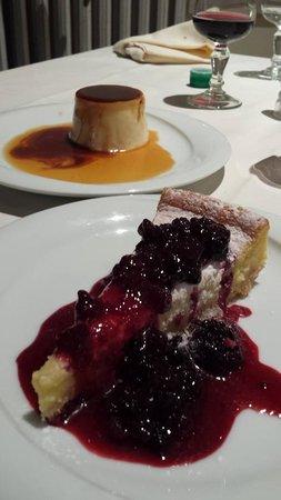 Trattoria Carducci: cheesecake e pannacotta al caramello