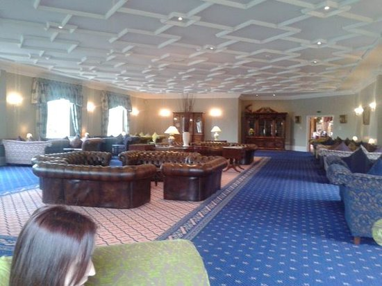 Whittlebury Hall : the lounge soooo relaxing