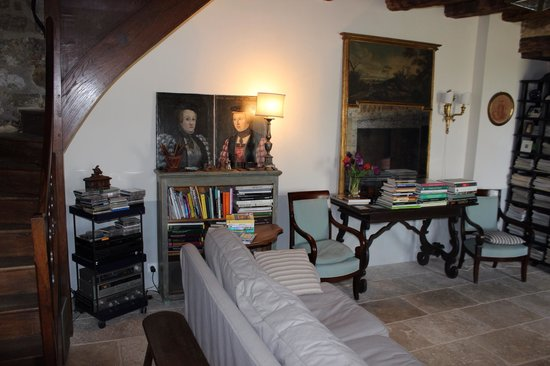 L'Ombriere: The living room