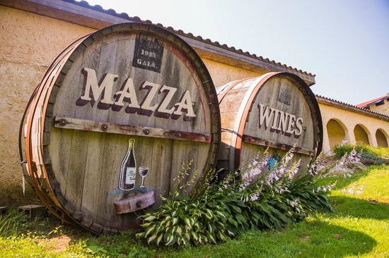 Mazza Vineyards: Mazza Wines barrels in front of the winery on Route 5