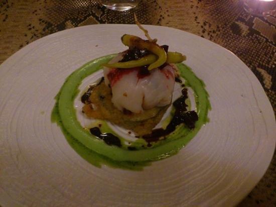 La morera : ravioli de bacalao y berenjena