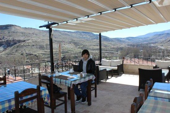 Monte Cappa Cave House: terraza