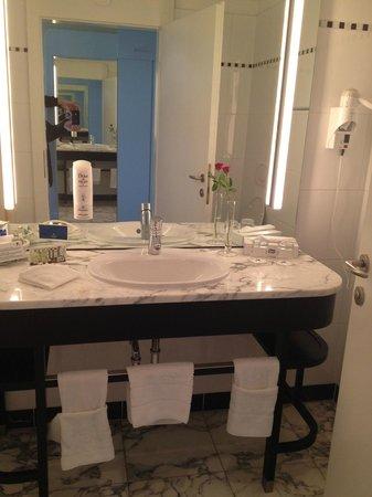Falkensteiner Hotel Grand MedSpa Marienbad: bathroom