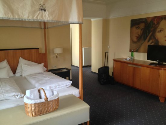 Falkensteiner Hotel Grand MedSpa Marienbad: bedroom