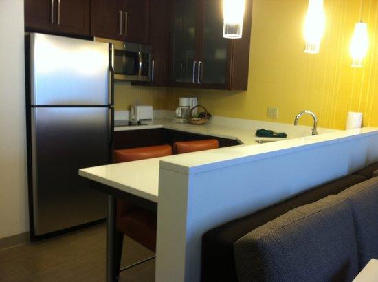 Residence Inn Ann Arbor North: Guest Room Kitchen