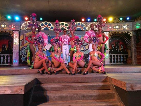 Royalton Hicacos Varadero Resort & Spa: evening entertainment