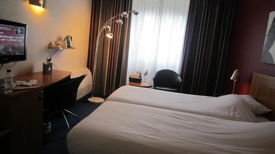 Inntel Hotels Amsterdam Centre : Comfy bed