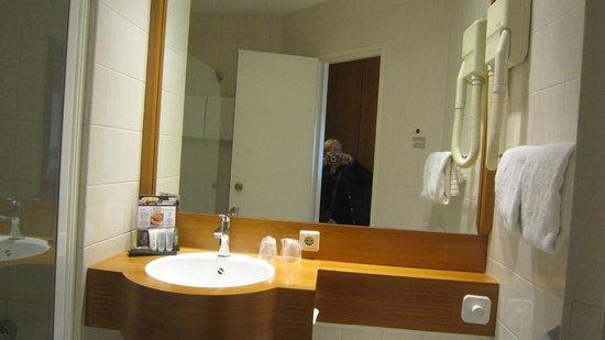 Inntel Hotels Amsterdam Centre : hairdryer